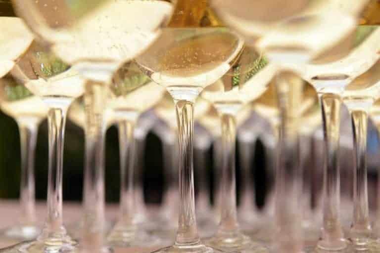 champagne-cocktail-la-ricetta-per-barman-creativi-e-raffinati