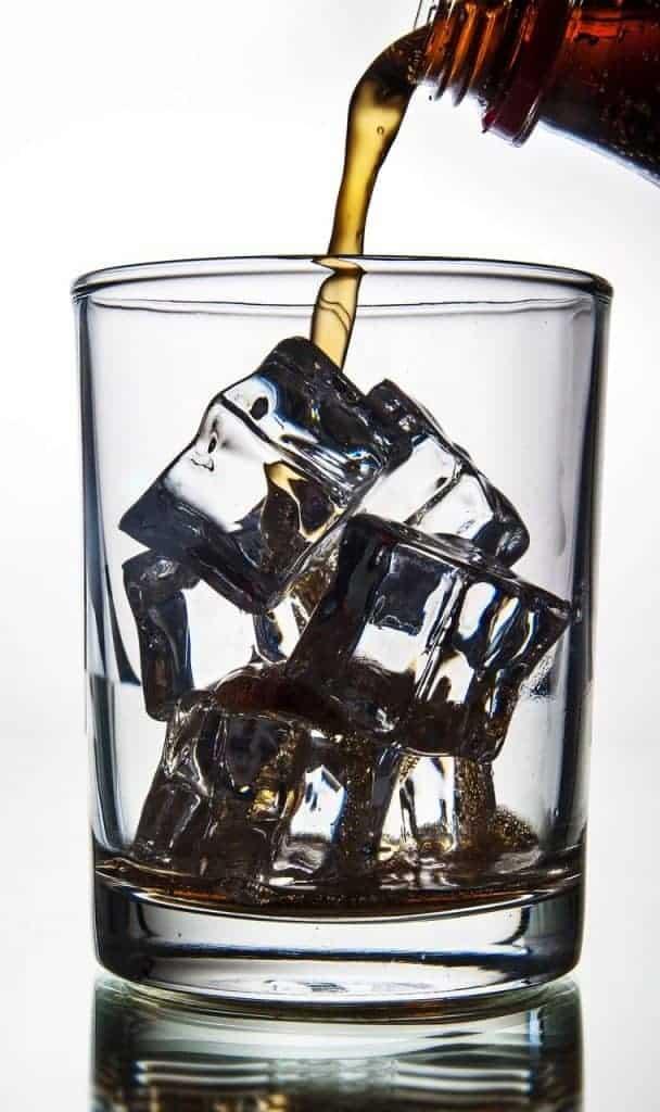 ghiaccio-cristallino-per-fare-cocktail